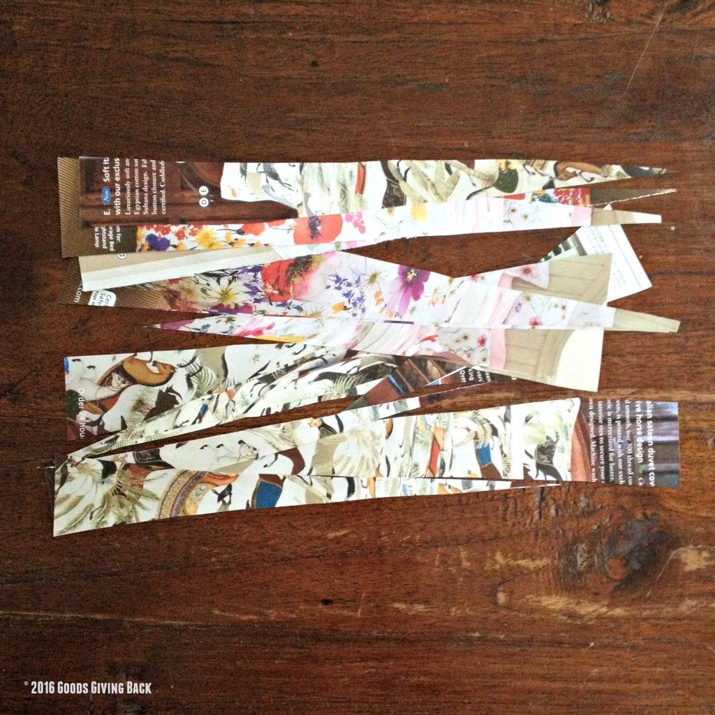 Paper bead triangle slips