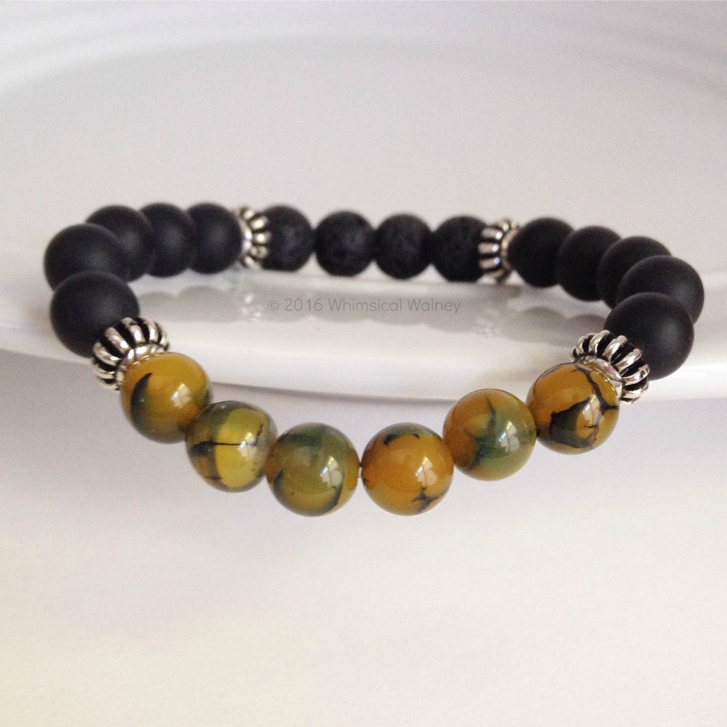 Essential oil diffuser bracelet with spider vein agate